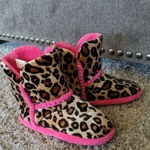 BLAZIN ROXX cowgirl boots slippers cheetah/pink 10